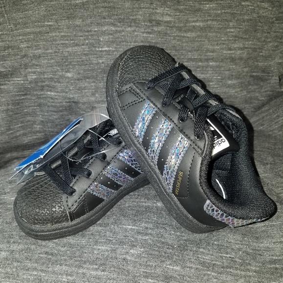 7113477218b NEW Adidas Original Superstar Shoes Girls Toddler